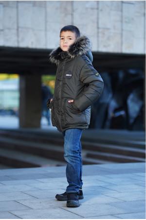 Зимняя куртка цвета хаки с капюшоном