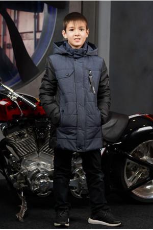 Демисезонная черная куртка