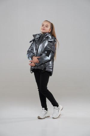 Коротка куртка для дівчинки