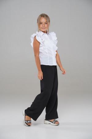 Шкільна блузка з рюшами