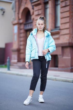 Стильная просторная куртка для девочек мятного цвета
