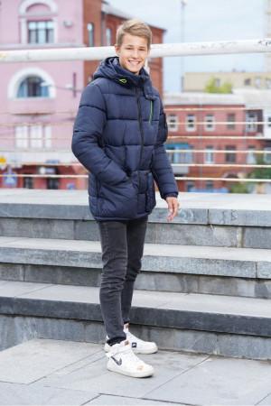 Удлиненная теплая куртка для мальчиков синего цвета