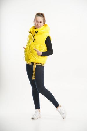 Стильный укороченный жилет желтого цвета для девочек