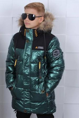 Зеленая зимняя куртка для мальчиков