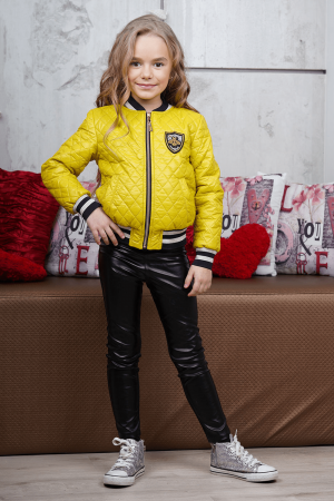 Бомбер  для девочек лимонного цвета