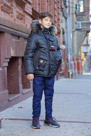 Зимняя куртка черного цвета с капюшоном для мальчиков
