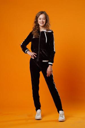 Велюровый спортивный костюм для девочек коричневого цвета