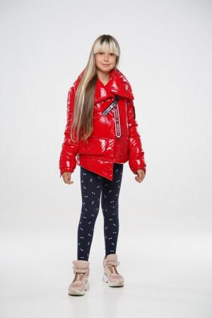 Дутая лаковая теплая куртка для девочек красного цвета