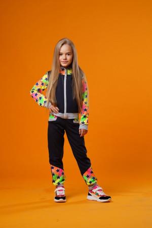 Спортивный костюм для девочек с ярким принтом